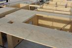 Vorgefertigte Wand- und Deckenelemente aus SWISS KRONO MAGNUMBOARD® OSB