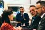Sichtlich zufrieden: Aleksander Czaplicki, Produktmanager des polnischen SWISS KRONO-Standortes