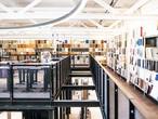 Einblick in die beeindruckende Sammlung der Materialausstellung in der raumprobe in Stuttgart