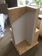Eckdetail Innenseite mit neuer Dickschichttapete der Firma Erfurt (Direktbeschichtung mit zweimaligem Anstrich), Außenseite WDVS-System mit Holzfaser verputzt.