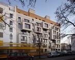 In Berlin entschloss sich eine Bauherrengemeinschaft ein siebengeschossiges Mehrfamilienhaus aus Holzbauelementen zu bauen