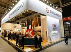 Le stand de SWISS KRONO GROUP lors du salon BAU 2017